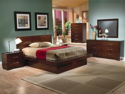 Jesenia Panel Collection Bedroom Set