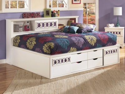 Zayley Full Storage Bed